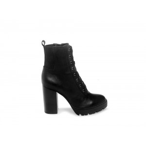 Steve Madden Women's Booties LATCH Black Leather Black Friday 2020