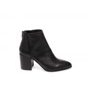 Steve Madden Women's Booties JILLIAN Black Leather